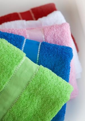 Махровые полотенца с бордюром